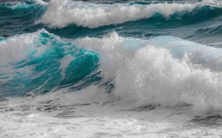 Снятся большие волны на реке